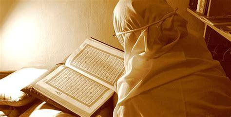 Rehal Tempat Baca Al Quran Besar ini kewajiban kita terhadap kitab suci sudah kita memenuhinya tips dan trik umroh dari ahli