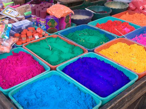indian colors file india color powder stalls 7242 jpg