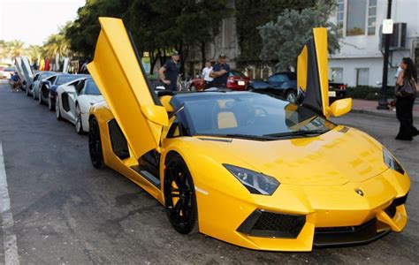 Lamborghini Prom Hire Limo Hire Car Hire Prom Hire Vintage Car Hire Wedding Car