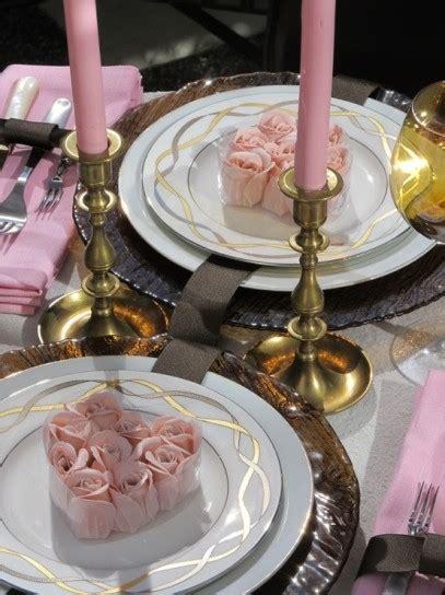 Idee Romantiche Per Una Serata by Tavola Di San Valentino Idee Romantiche Per Una Serata A