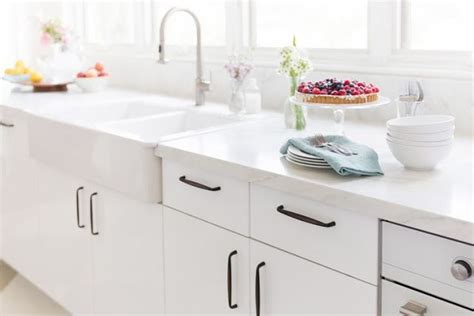 Ikea Mahal in taste croma express ikea modern white cabinets but with traditional pulls top house