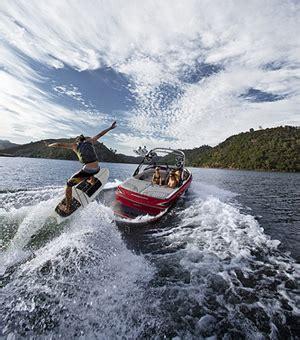 malibu boats press release malibu boats releases 2013 wakesetter 20 vtx