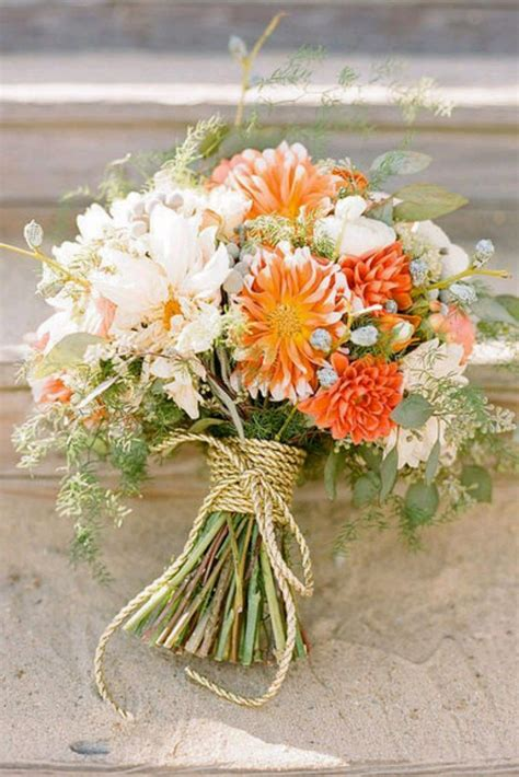 fall flowers for weddings 25 best ideas about fall wedding bouquets on pinterest