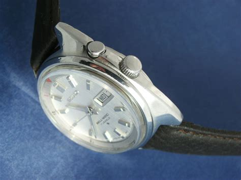 Bell Matic Silver Leather by Seiko Bell Matic 17 Jewels C 1975 Secondhand And Vintage