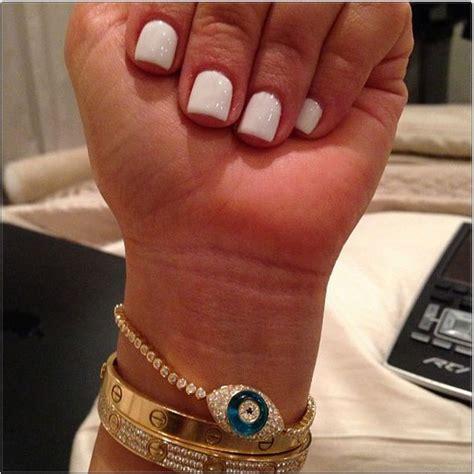 kim kardashian coffin nails kim kardashian manicure kimmy debuts short white nails