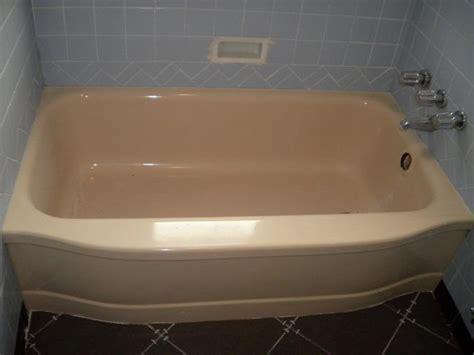 how to clean a reglazed bathtub bathroom how to reglaze bathtub tub refinishing how to