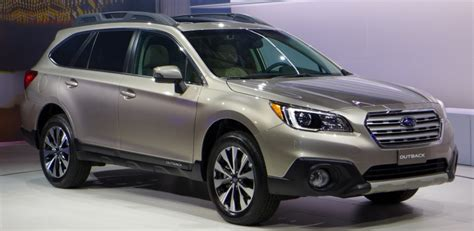 subaru crossover 2015 new york 2015 subaru outback is the king of all crossovers