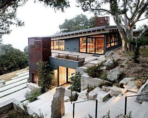 side slope house plans 12 best sloping land architecture images on pinterest modern homes modern houses