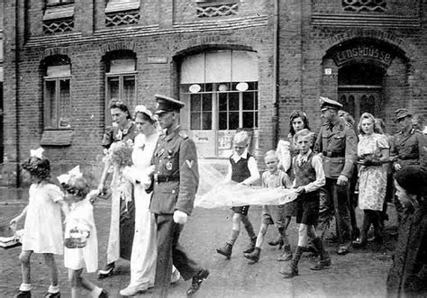 world war ii german 1472819438 this youthful wehrmacht soldier married in 1944 ww2 german wedding german and