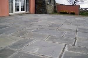 Patio Slabs South Wales by Flagstones And Paving Sandstone Patio Slabs In Bridgend