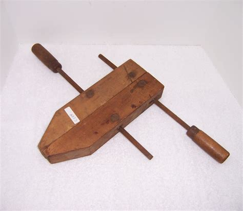 A Resale Jorgensen Wood Cl