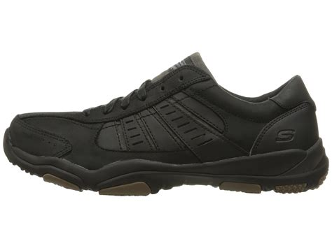 Sepatu Skechers Classic Fit skechers classic fit larson nerick at zappos