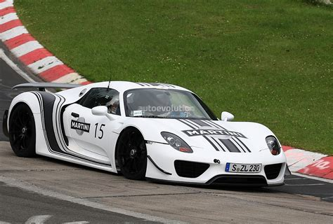 martini porsche 918 spyshots porsche 918 spyder in martini racing stripes