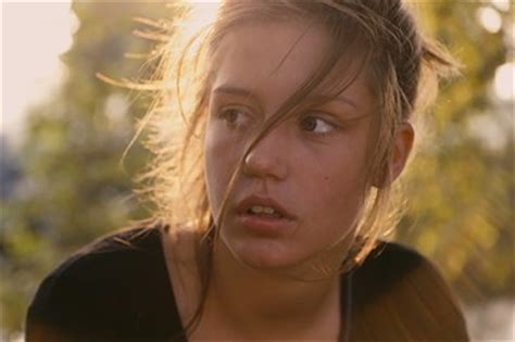 adele biography in french ad 232 le exarchopoulos looks golden after blue is the