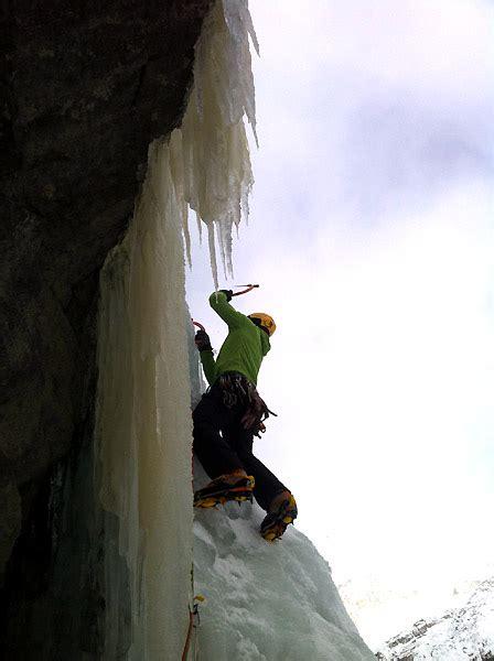 ufficio turismo gressoney cascate di ghiaccio