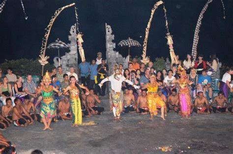 kecak  fire dance pecatu indonesia top tips