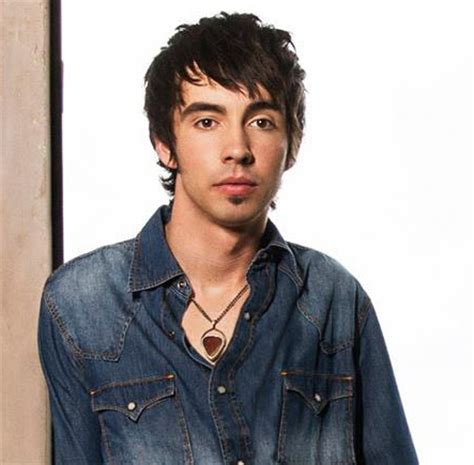 Records Mo Curb Records Adds Mo Pitney To Roster Musicrow Nashville S Industry