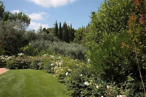 manutenzione giardini realizzazione e manutenzione giardini a pisa livorno firenze