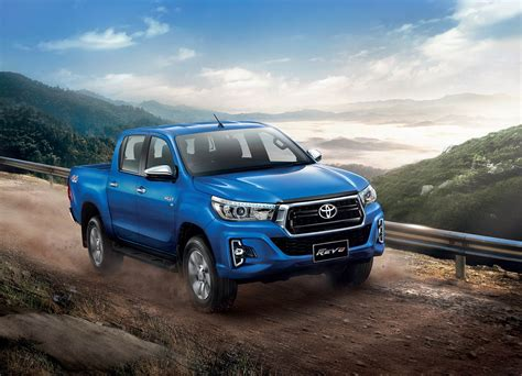 toyota hilux toyota hilux goes to for a rugged facelift