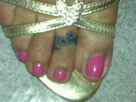toe ring tattoos my toe ring picture at checkoutmyink