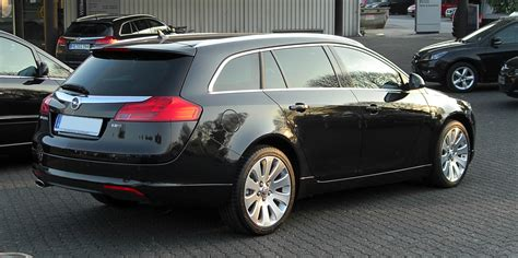opel insignia sports tourer opel insignia sports tourer 2 0 cdti photos and comments