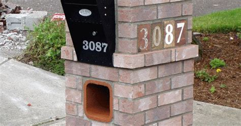 Brick Mailbox With Planter by Brick Mailboxes Brick Mailbox With Planter Brick Mailbox