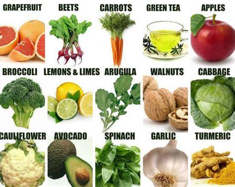 alimenti aiutano il fegato gli alimenti di uso quotidiano per purificare il fegato