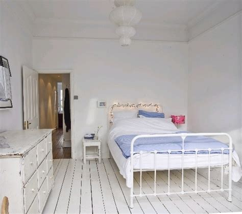 carpet or floorboards in bedroom white floorboards sleeping pinterest