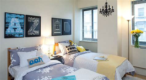 what does a room look like add design flair to a drab room homejelly