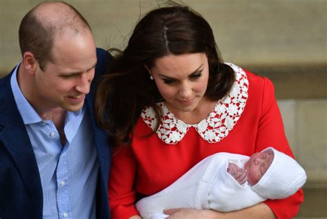 Baby News From Britain by Britain S New Royal Baby Unveiled To The World As Kate
