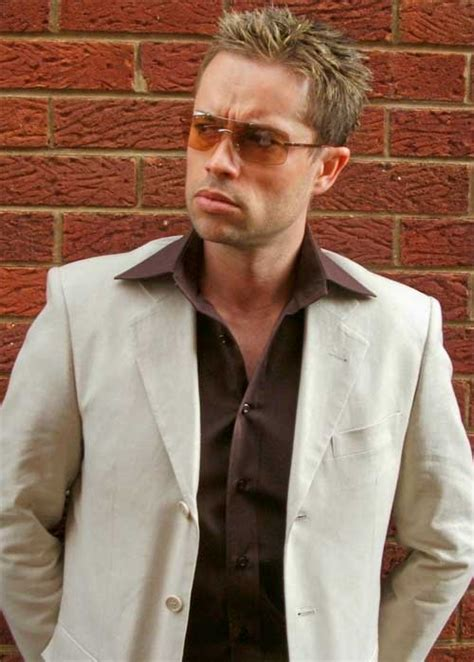 Brad Look Like Wax by Brad Pitt Looks Like
