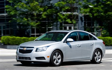 2012 Chevy Cruze Motor by 2012 Chevrolet Cruze And Cruze Eco Photo Gallery Motor Trend
