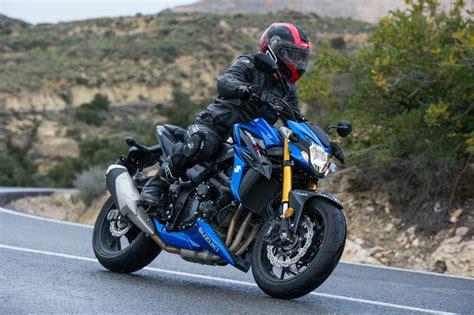 Motorrad Suzuki 750 by Ride Suzuki Gsx S750 Review Suzu Visordown