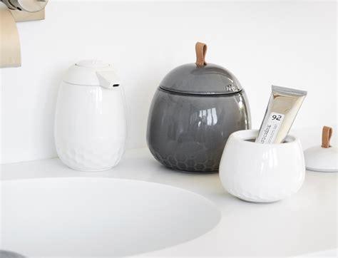 bathroom storage jars 25 luxury bathroom storage jars eyagci