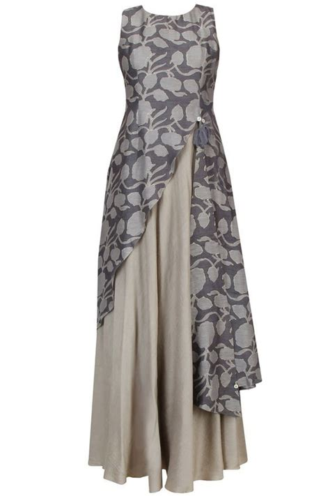 Blouse By Abinaya Butik 25 ide terbaik model pakaian muslim di model