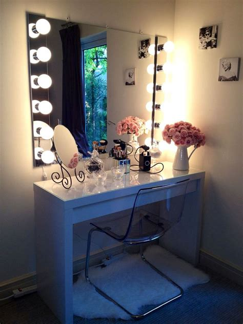Makeup Vanity Table With Lighted Mirror Bohemian Makeup Vanity Designs With Accent Lights