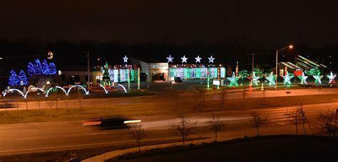 best christmas lights in kcmo johnson county displays metro kansas city
