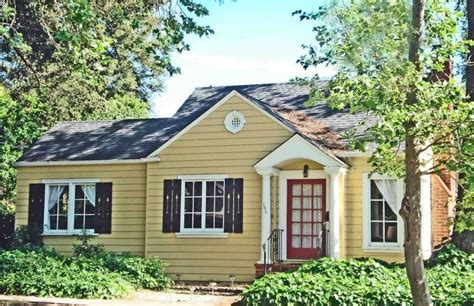napa cottage rentals napa yellow house 20 any days left vrbo