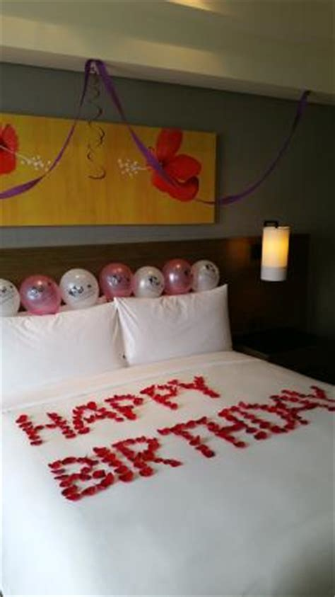 Decorating A Hotel Room For A Birthday by Birthday Room Decorations For Picture Of