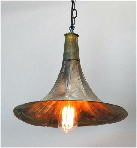 Old Fashioned Antique Replica Gramaphone Gramophone Replica Pendant Lights