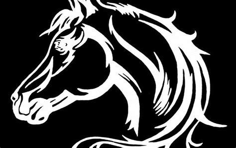 gambar kuda hitam putih keren gambarkeren