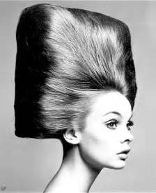 hairdos for in their sixties ashen lady hip hairstyles