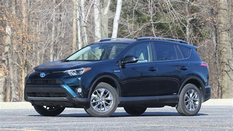 toyota rav hybrid review   competitions crosshairs