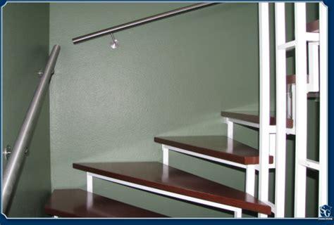 treppenhaus farbe treppenhaus renovieren raum und m 246 beldesign inspiration
