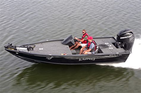 bass pro boats seats 2016 new lund 1875 pro v bass boat for sale hayward wi