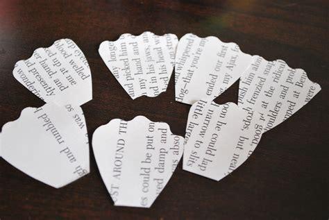 rosas de papel peridico rosas de papel de peri 243 dico para decorar tu hogar 161 o lo