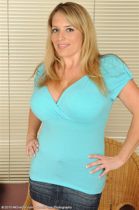 Kamilla 65 Year Old Allover30 Movie   all over 30 maggie g hot girls wallpaper