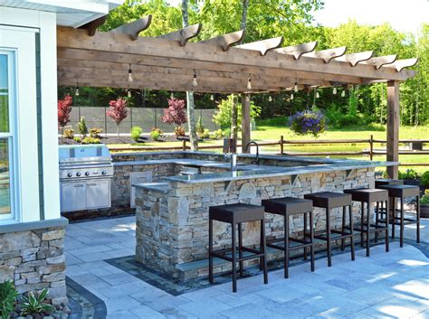 a backyard resort ready for exciting days and warm summer