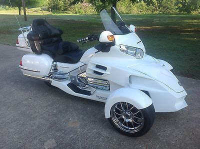 honda gl goldwing trike motorcycles  sale