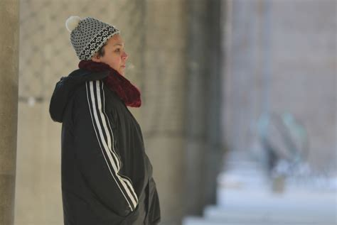 Search Toronto As Cold Grips Toronto Homeless Search For Warmth Where